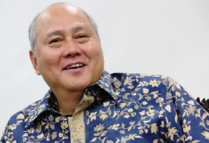 Denny Kailimang, SH,. MH.